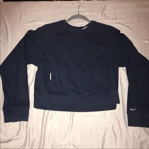 M- Nike Long Sleeve Crop Sweater Top